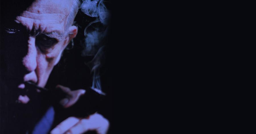 """Armando Uribe Arce, Poeta: """"Lo que más me gusta del tabaco es el fuego"""""""